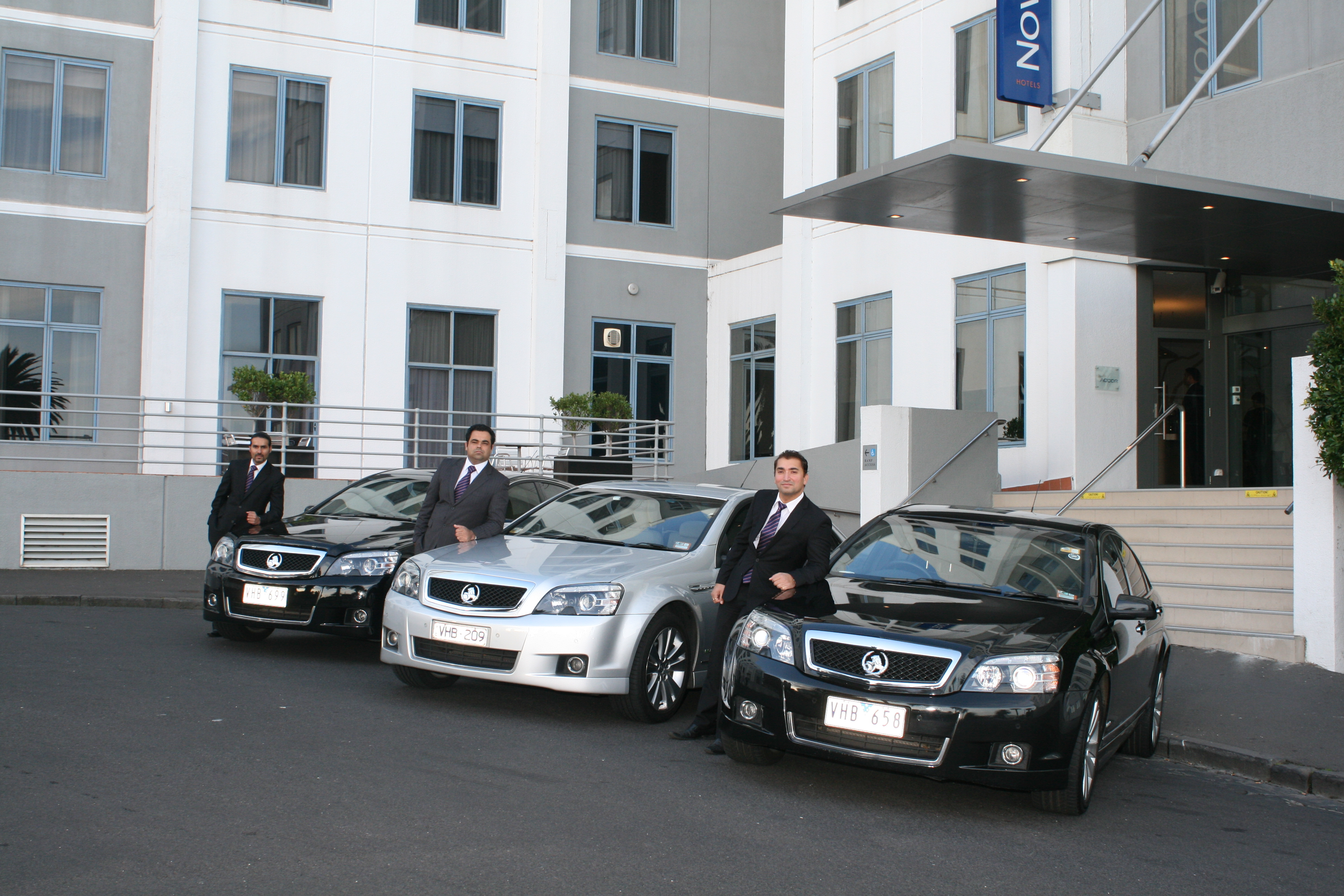 chauffeur wedding cars melbourne