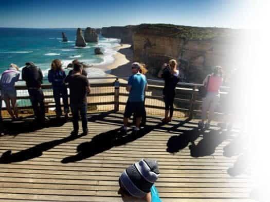 Twelve Apostles Tour - Chauffeur car Melbourne