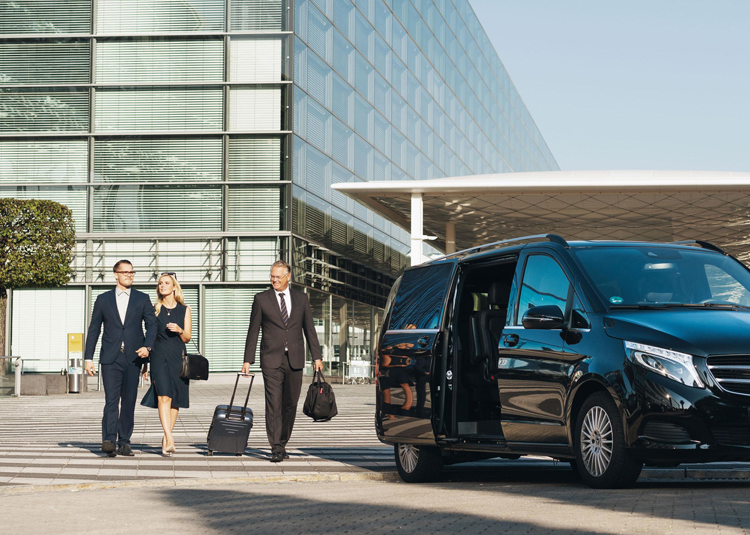 The Next Time you Land, Avail the Chauffeur Cars at Melbourne Airport!